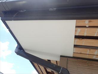 軒天張り替え ケイカル板を設置