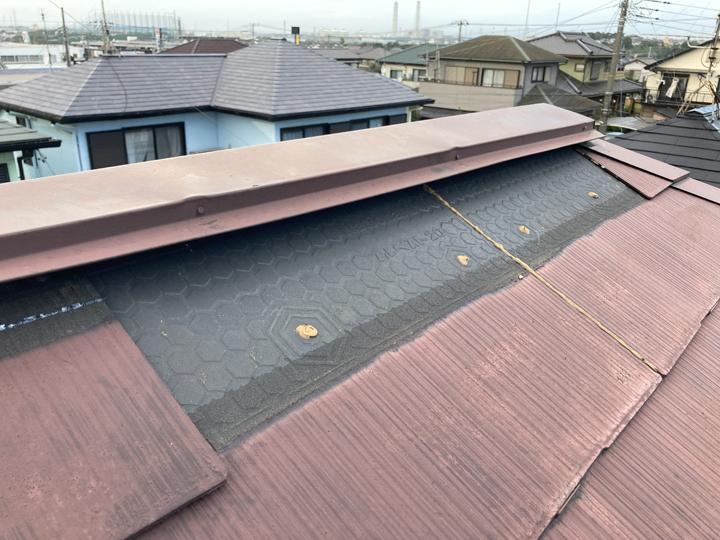 台風により被災したスレート