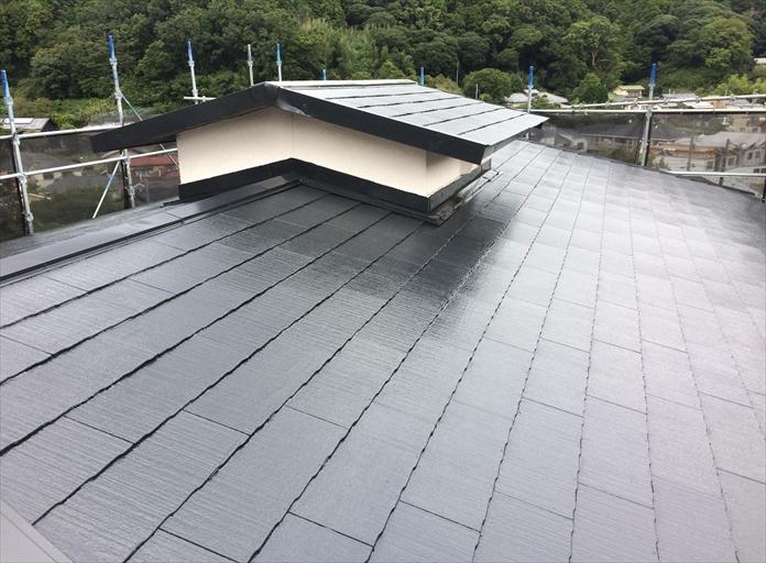 ファインパーフェクトベストのJブラックでスレート屋根塗装
