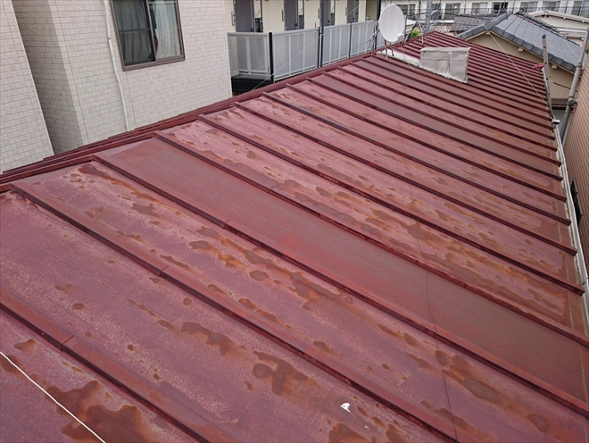 サビが広がっている瓦棒葺き屋根