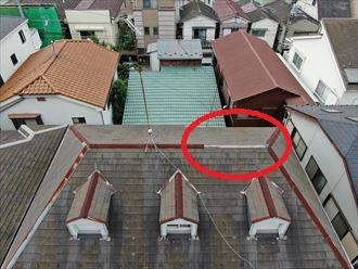 ドローン画像で屋根全体の塗装剝がれも確認できました