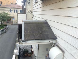 関屋根にも塗装剝がれてとひび割れが確認できました