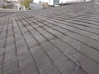 比較的勾配の緩い屋根
