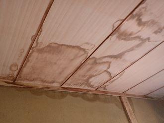 換気設備による雨漏り