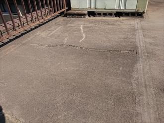 モルタルの上にアスファルト防水