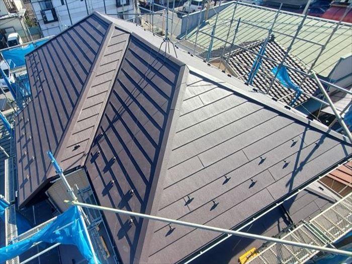 ガルバリウム鋼板の様々な種類