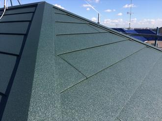 スーパーガルテクトを使った屋根カバー工法完了
