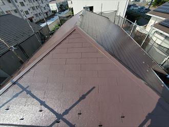 ブラウン屋根