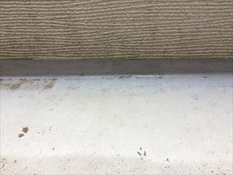 表面がガサガサした印象のバルコニー床