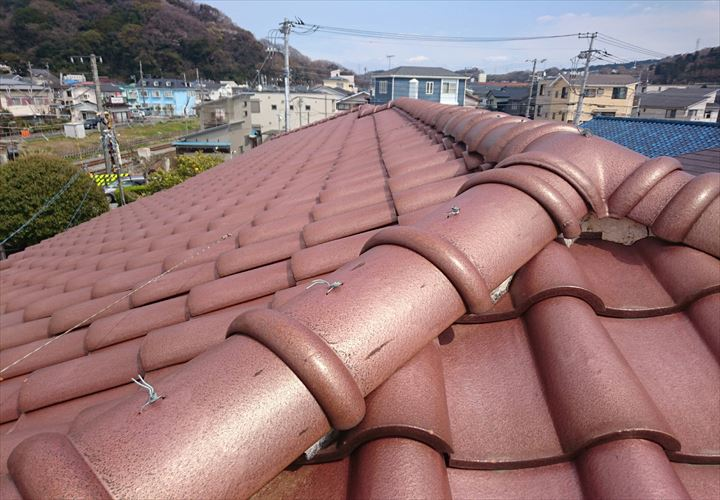 漆喰の調査をした瓦屋根