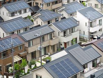ソーラーパネル設置の屋根