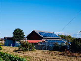 ソーラーパネル屋根置き型タイプ
