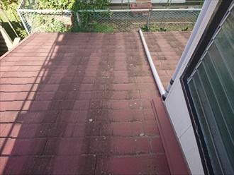 日当たりの悪い北側の下屋根