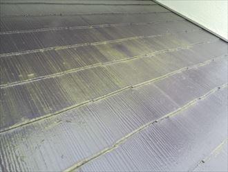 縁切りが不十分なスレート屋根