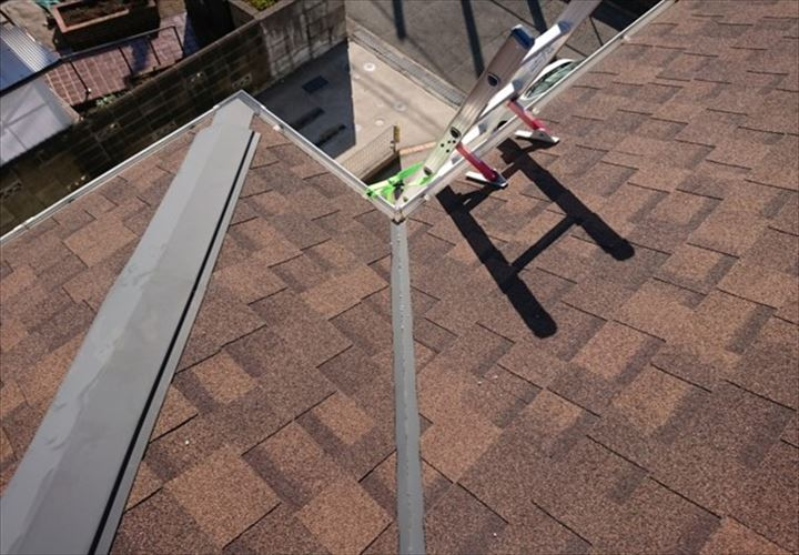 アスファルトシングルを使用した屋根