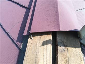 抜けてしまった棟板金を固定する釘