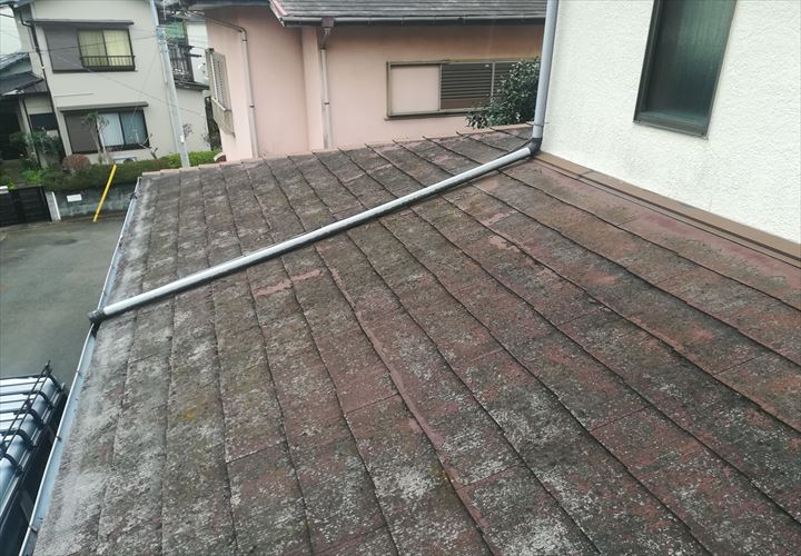 状態の悪くなったスレート屋根