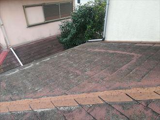 塗膜が劣化してしまったスレート屋根