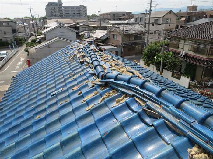 瓦屋根は重さがあるため地震に弱い