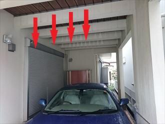 車の上に雨水が垂れるのを防ぐ