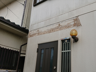 玄関庇の交換 古い庇を撤去
