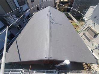 三角屋根のシンプルな形状