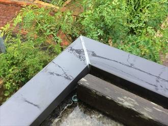 笠木の継ぎ目は雨漏り注意