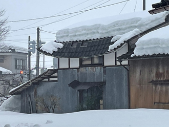 雪による屋根の被害