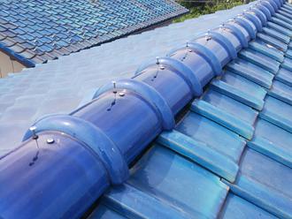ガイドライン工法によって湿式の棟を乾式に交換 施工完了