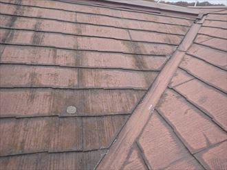 縁切りが不足していたスレート屋根