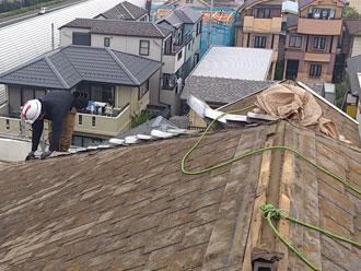 横浜市緑区 屋根カバー 既存棟板金撤去