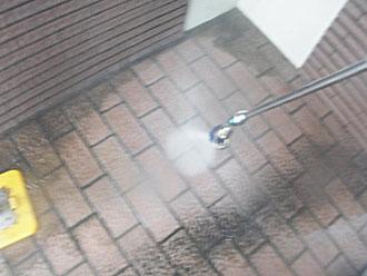 横浜市緑区 高圧洗浄 玄関周りサービス洗浄
